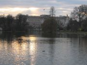 Фото-Тула. Алексей Галкин. Buckingham Palace thru Duck Lake